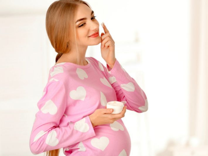 خلطات لنضارة بشرة الحامل، جربيها!