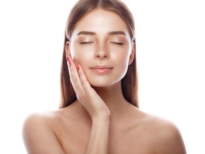 طرق سهلة لتنعيم بشرة الجسم
