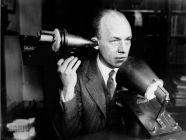 غراهام بيل مخترع الهاتف