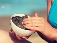 ما هو طين البحر الميت وما هي فوائده العلاجية؟
