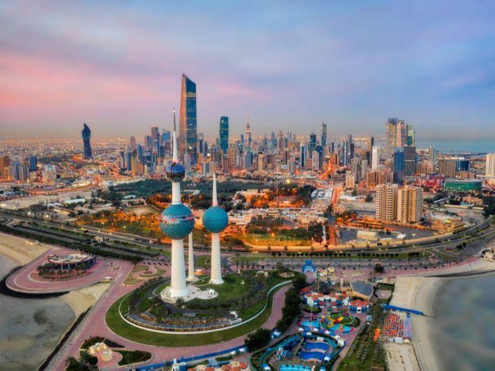كيفية الهجرة للكويت: كل ما تحتاج معرفته