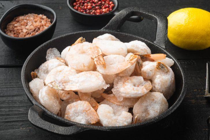 طريقة طبخ المأكولات البحرية المجمدة