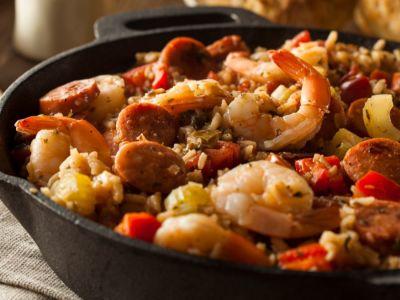 طبق البايلا الإسباني الشهير