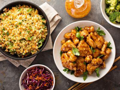 وصفات شهية ومنوعة للأكل الصيني بصدور الدجاج