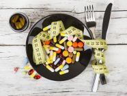 هل المكملات الغذائية مفيدة أم ضارة، تعرف على آثارها