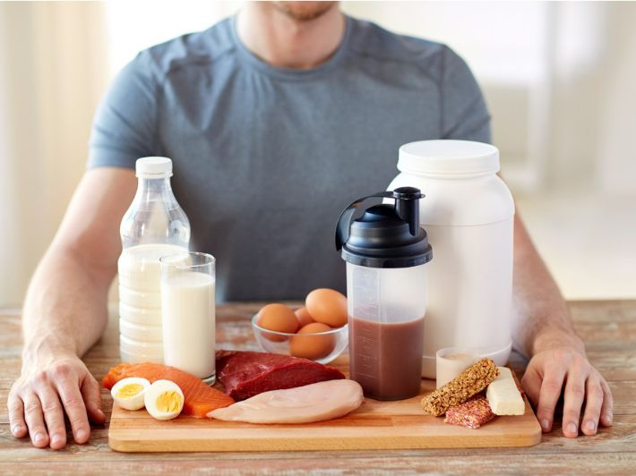 ما هي أفضل المكملات الغذائية لكمال الأجسام؟