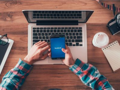 كيفية نشر قصة على الفيسبوك، والتحكم في خصوصيتها